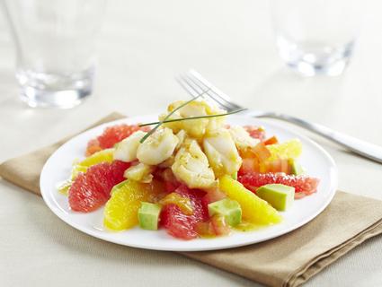 Recette de salade vitaminée aux agrumes et cabillaud