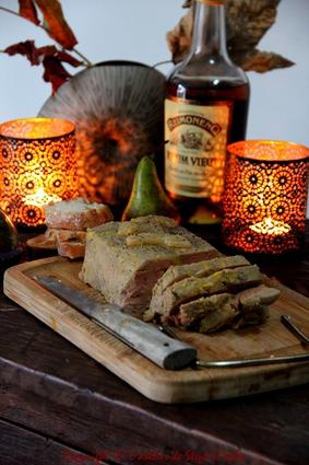 Recette de terrine de foie gras mi-cuit aux poires confites, miel et ...