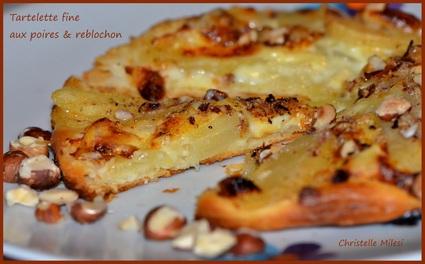 Recette de tartelette fine aux poires et reblochon