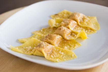 Recette de raviolis farcis au potiron, parmesan et amarettis