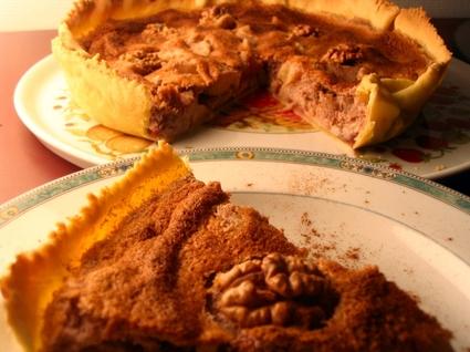 Recette de tarte aux pommes, noix et cassis