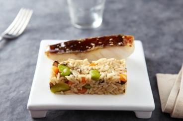 Recette de cabillaud laqué au sésame, riz surinam aux légumes ...