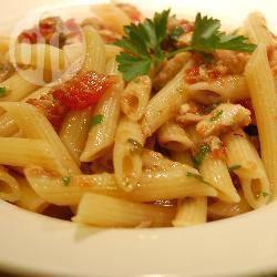 Recette pâtes à la sauce tomate et au thon – toutes les recettes ...