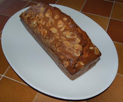 Recette de cake poire, chocolat, amandes