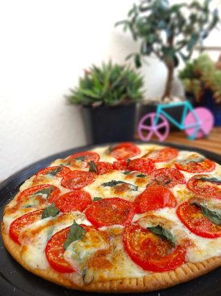 Recette de tarte fine tomates mozzarella et basilic
