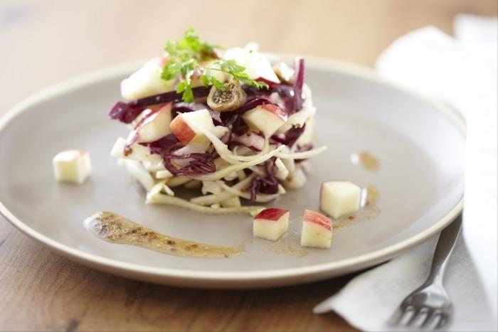 Recette de salade de choux crus et pommes facile et rapide