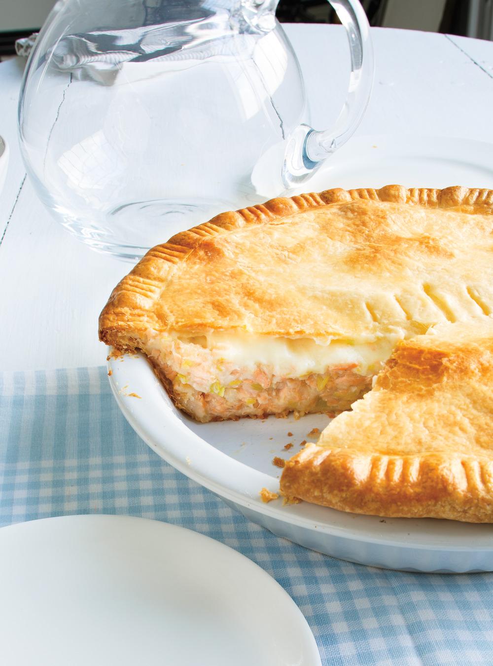 Pâté au saumon et béchamel surprise de brigitte | ricardo