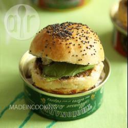 Recette mini burger à la tapenade et au beurre d'anchois – toutes ...
