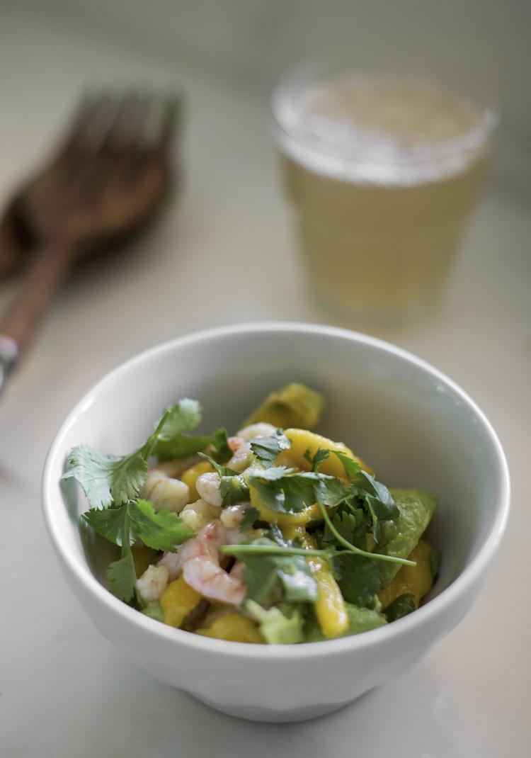 Salade de mangues, avocats & crevettes