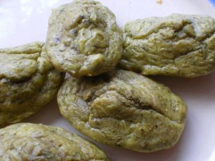 Recette de madeleines au pesto et aux noisettes