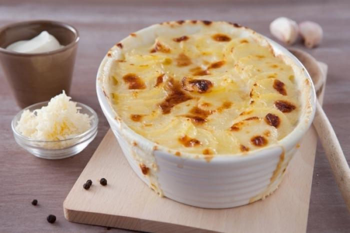 Recette de gratin de pommes de terre à la dauphinoise facile et ...