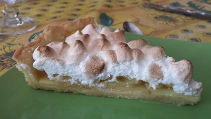 Recette de tarte aux pommes meringuée