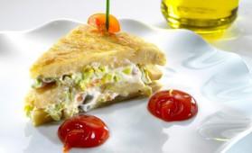 Omelette espagnole et salade de saumon fumé pour 4 personnes ...
