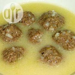 Recette soupe grecque aux boulettes de viande (youvarlakia ...