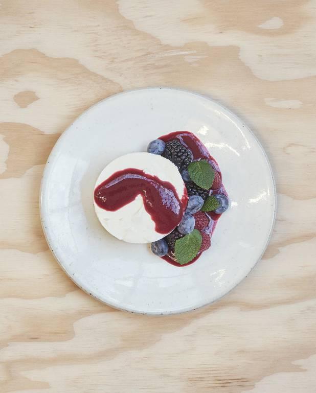 Cheese-cake spéculoos, coulis de fruits rouges pour 4 personnes ...