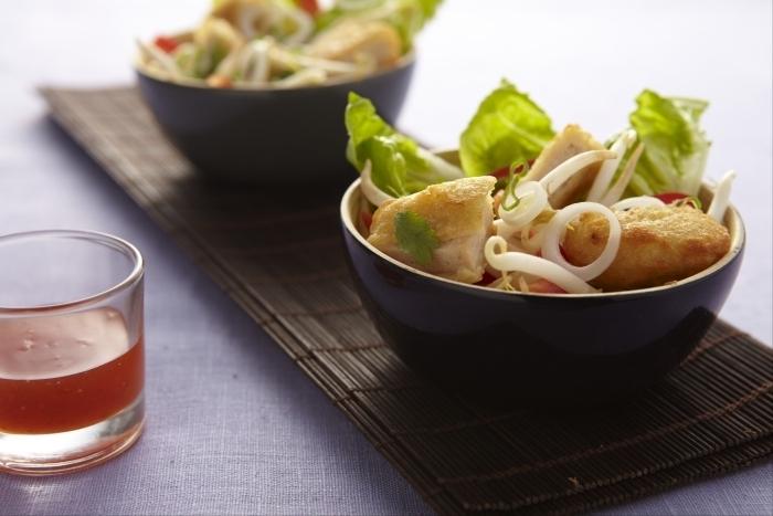 Recette de salade thaïe de nuggets et sauce aigre-douce facile et ...
