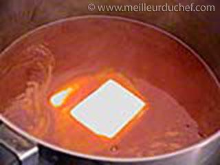 Monter au beurre  recette de cuisine illustrée  meilleurduchef.com