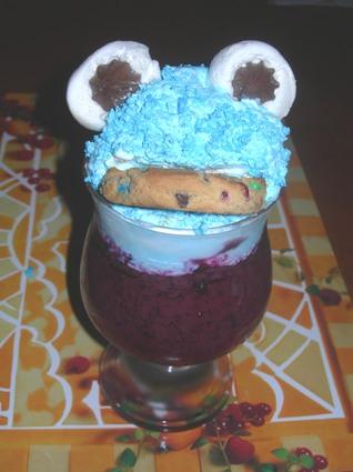 Recette de monstre biscuit à la mousse de myrtilles