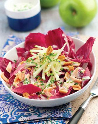 Recette de salade d'endives, saumon et sauce ciboulette