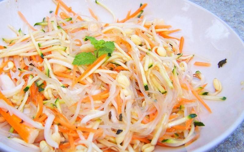 Recette salade thaï aux carottes économique et rapide > cuisine ...