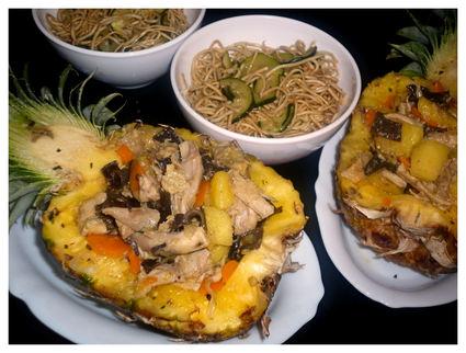 Recette de poulet à l'ananas, légumes et nouilles courgettes