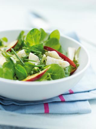 Recette de salade de mâche aux nectarines et chèvre sec