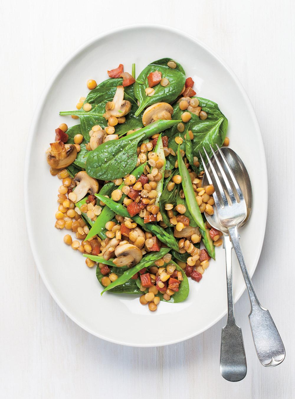Salade d'épinards aux lentilles et aux asperges | ricardo