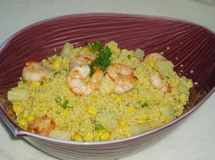 Recette de salade de semoule aux crevettes, ananas et curry