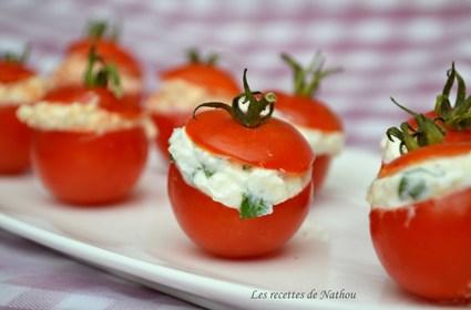 Recette de tomates cerise farcies à la feta, saveur basilic ou piment ...