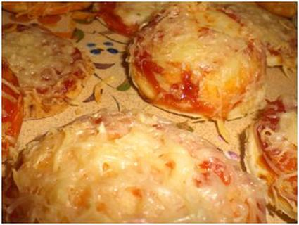 Recette de petites pizzas au ketchup