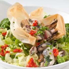 Croustillant de moules en salade pour 4 personnes