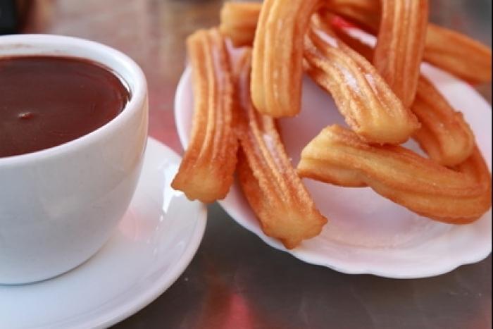 Recette de churros et chocolat chaud facile et rapide