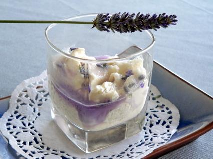 Recette de verrine de mascarpone à la violette