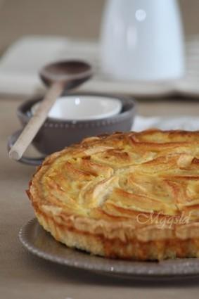 Recette de tarte normande vanillée aux pommes