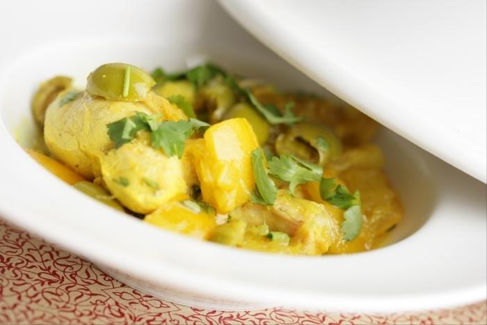 Recette de tajine de poulet aux olives et citron confit facile et rapide