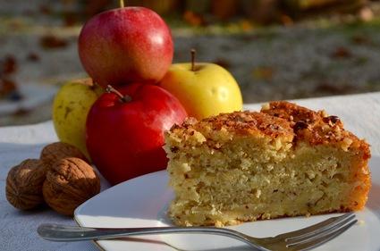 Recette de gâteau suédois aux pommes et noisettes