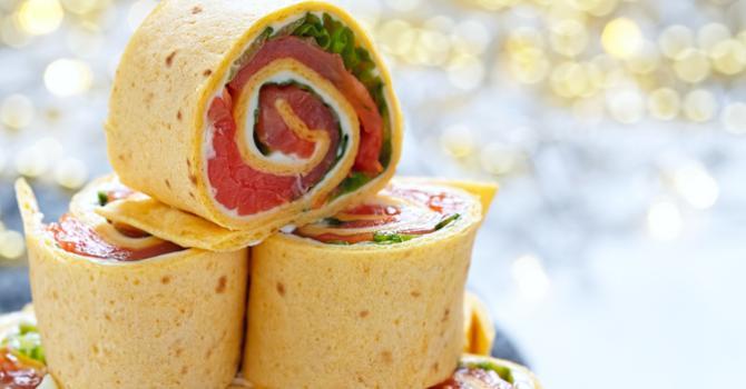 Recette de mini wraps de tortilla au saumon fumé express à picorer