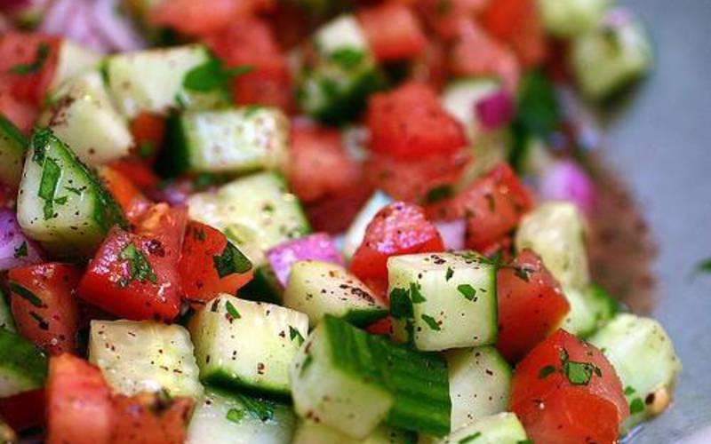 Recette salade shirazi pas chère et express > cuisine étudiant