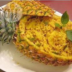Recette poulet, fruits de mer et riz à l'ananas – toutes les recettes ...