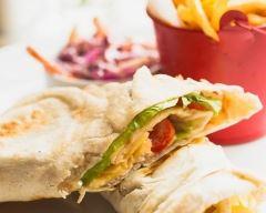 Recette sandwich au poulet tandoori et yaourt en pain pita