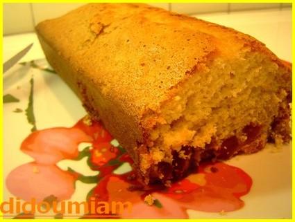 Recette de cake aux fruits confits et miel