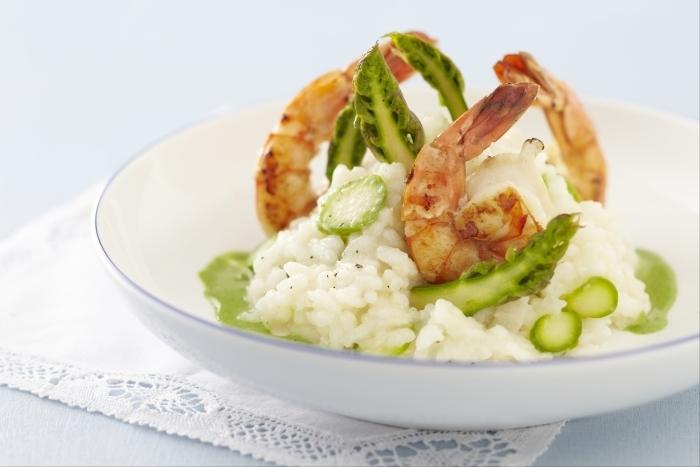 Recette de risotto aux asperges vertes et gambas, coulis de ...
