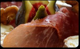 Salade au crottin, melon et figues pour 4 personnes