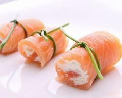 Recette roulé de saumon fumé à la crème de surimi
