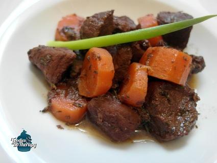 Recette de porc mijoté au vin rouge