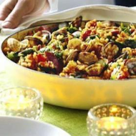 Paella épicée aux palourdes et au porc pour 8 personnes