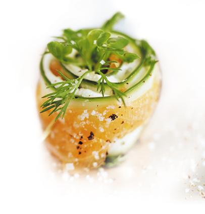 Recette de roulades de concombre au saumon fumé
