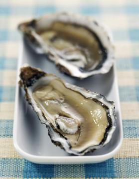 Huîtres marennes oléron, kiwi, gingembre et lait de coco pour 2 ...