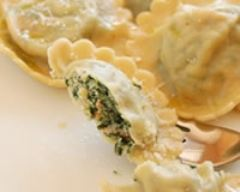 Recette raviolis ricotta, épinards et saumon fumé