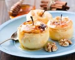 Recette pommes farcies à la crème, au miel et amaretto